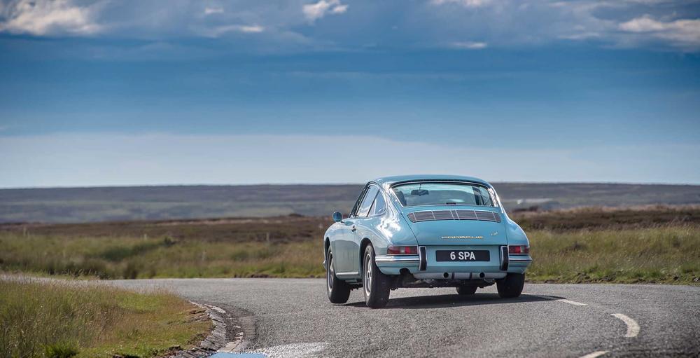 Name:  1965 Porsche 2.2L 911 Coupe - Light Blue 3.jpg Views: 207 Size:  57.6 KB