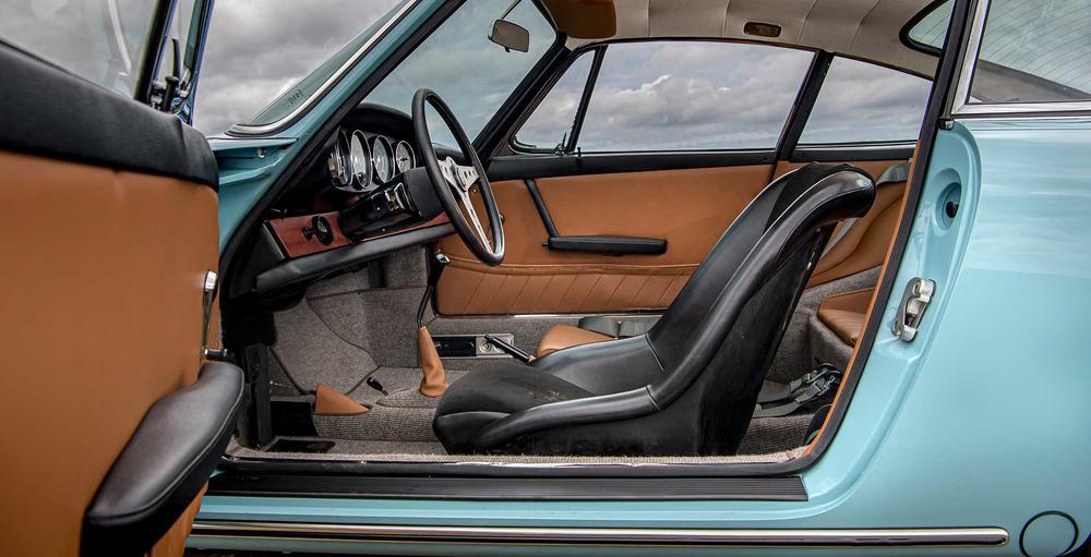 Name:  1965 Porsche 2.2L 911 Coupe - Light Blue 4.jpg Views: 209 Size:  77.3 KB